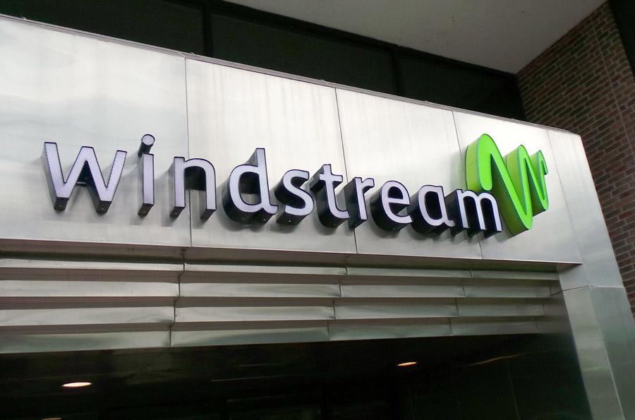 US telecom firms Windstream, Earthlink to merge
